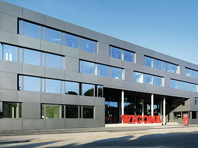 Wicona Sapa Building Systems: Klare Strukturen, glänzende Kommunikation