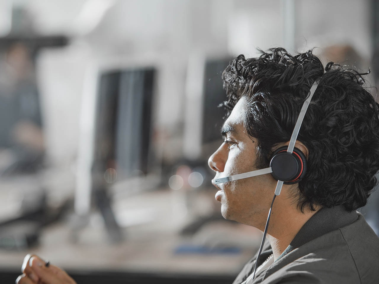 Smooth Running for Overwhelmed Contact Centers