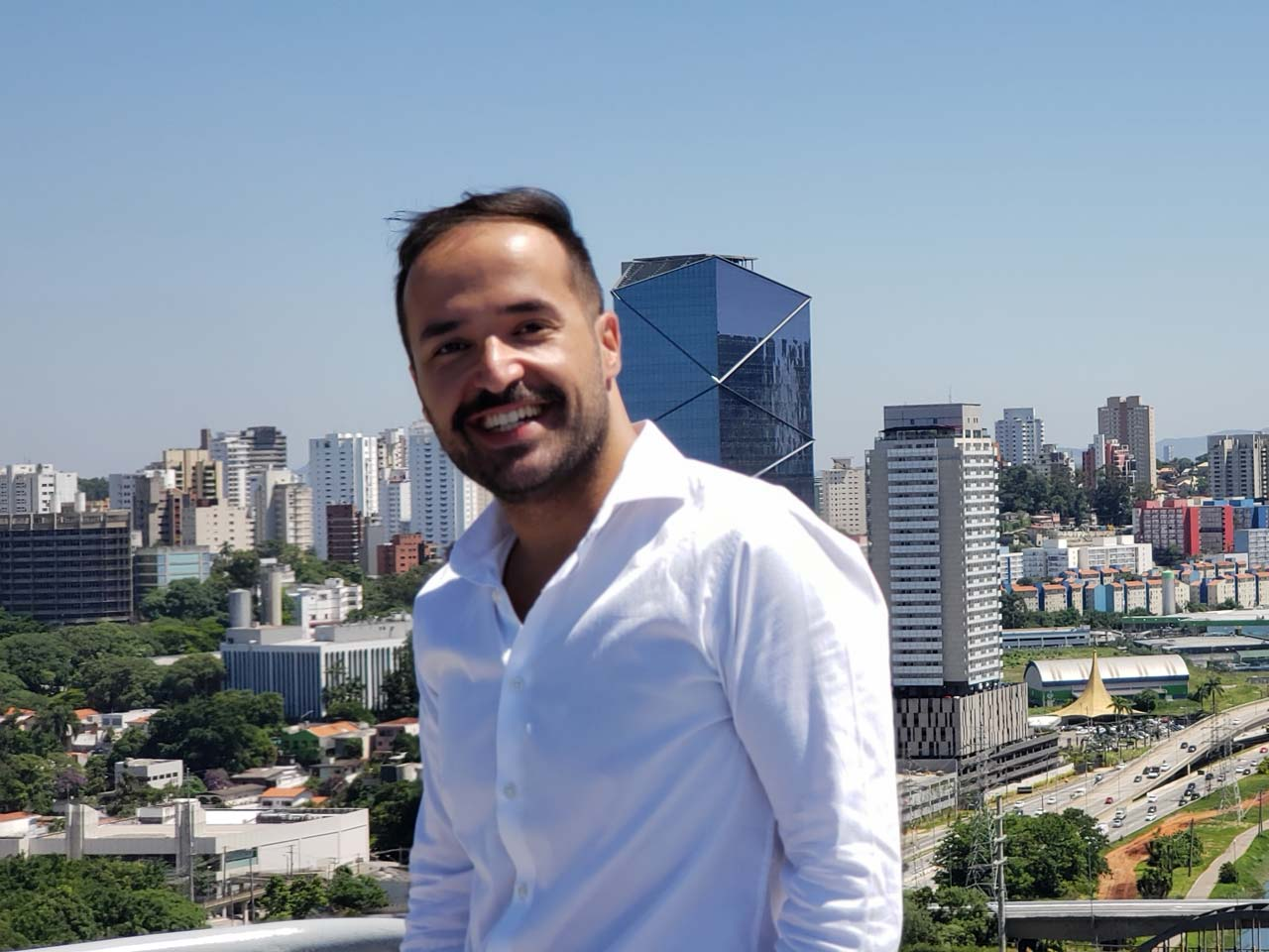 Manuel Torres, Sales Engineering Director