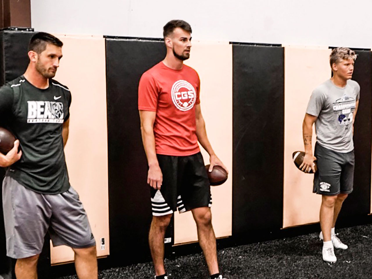 6 points - Indoor QB training